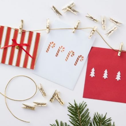 Gold Peg & Twine Christmas Card Holder Set With 30 Mini Pegs